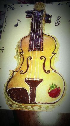 The scrumptious Diplomat cake in Violin form