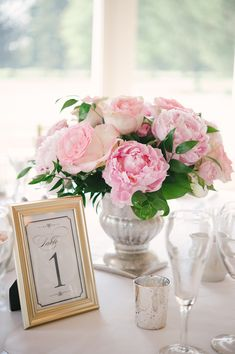 Peony centerpiece | Photo by Stefanie Kapra Photography | Read more - http://www.100layercake.com/blog/?p=68688