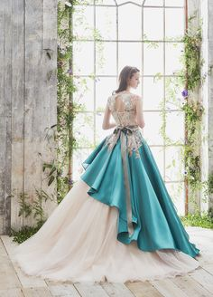 Princess Dresses for all ages Ball Dresses, Evening Dresses, Prom Dresses, Dresses Art, Elegant Dresses, Pretty Dresses, Classic Dresses, Look Star, Fantasy Gowns