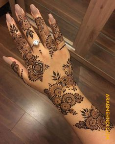 51 Beautiful Mylanchi designs for hands 51 Beautiful Mylanchi designs for hands,Ciasta mehndi powder is referred to as henna powder in arabic countries and is called mylanchi podi in Kerala. The Muslim community in. Henna Tattoo Designs, Mehndi Tattoo, Mehandi Designs, Henna Tattos, Khafif Mehndi Design, Finger Henna Designs, Arabic Henna Designs, Mehndi Designs For Girls, Stylish Mehndi Designs