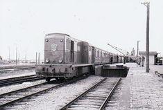 Harlingen Haven, 1954 Was, Train Tracks, Taiwan, Dutch, Transportation, Europe, Parking Lot, Nostalgia, Dutch Language