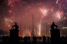 Auch in diesem Jahr wird auf dem Stuttgarter Schlossplatz wieder ein großes Feuerwerk gezündet werden. Foto: Lichtgut/Max Kovalenko