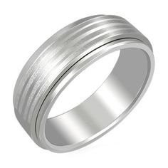 Teräsormus-uutuus miehelle osoitteesta www.korulipas.fi Spinning, Rings For Men, Wedding Rings, Engagement Rings, Bracelets, Silver, Jewelry, Hand Spinning, Enagement Rings
