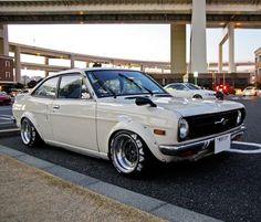Nissan B110