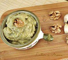 Aceasta nu este prima reteta cu avocado pe care o scriu aici. Vegan Life, Raw Vegan, Baby Food Recipes, Vegan Recipes, Avocado Hummus, Cheesecakes, Pesto, Vitamins, Food And Drink