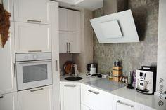 Белая угловая кухня на 8 кв. м.