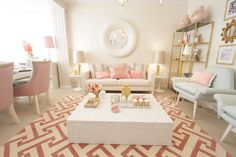 Home-Styling: 'MotherPearl' Living room for the Tv show *** Sala em Madre Pérola - Querido Mudei a Casa by Ana Antunes Style At Home, Living Room Inspiration, Interior Inspiration, Nursery Inspiration, Home Living Room, Living Room Decor, Gold Rooms, Interior Decorating, Interior Design