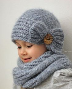 knit headband pattern Coquette Coquette Knitting pattern by KatyTricot Crochet Bow Pattern, Knit Headband Pattern, Crochet Bows, Knitted Headband, Crochet Beanie, Knit Crochet, Crochet Patterns, Knitted Hats Kids, Knitted Owl