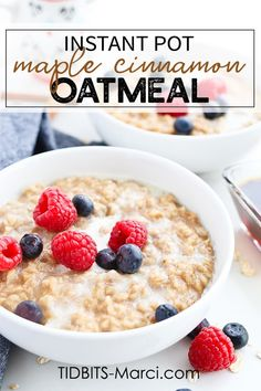 Pressure cooker recipes 281967626655393750 - This Instant Pot Pressure Cooker Maple Cinnamon Oatmeal is made with old fashioned oats and is so incredibly creamy and perfectly sweet! What Is Healthy Food, Healthy Dessert Recipes, Breakfast Recipes, Healthy Eating, Paleo Breakfast, Healthy Meals, Instant Pot Oatmeal Recipe, Oatmeal Recipes, Instant Pot Pressure Cooker