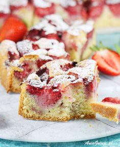 Ciasto z truskawkami. Plum Jam, Food Cakes, Pumpkin Cheesecake, Coffee Cake, Cake Recipes, Strawberry, Baking, Asia, Cook
