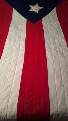 Puerto Rican flag quilt. Love it, NEED TO FIND THIS