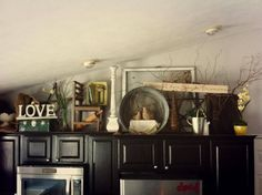 Decorate above kitchen cabinet, update, antiques, decor Above Cupboard Decor, Top Of Cabinet Decor, Cabinet Ideas, Antique Decor, Over Cabinet Decorating, Decorating Above Kitchen Cabinets, Kitchen Cupboards, Decorating Ideas, Decor Ideas