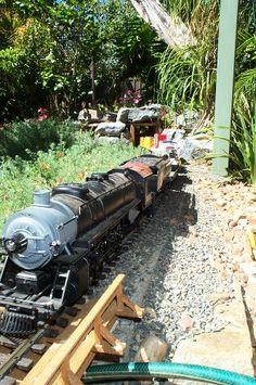 Garden Railings, Garden Railroad, Rail Train, Model Trains, Toy Trains, Types Of Craft, Model Train Layouts, Private Garden, Go Outside