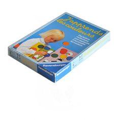<p>JeuJ'apprends les couleurs vintage , ravensburger , 1984, ou comment découvrir les couleurs avec des ballons multicolores, à partir de 3 ans, de 2 à 4 joueurs, Made in West Germany, état d'usage . Pour occuper ses enfants un mercredi matin pluvieux! On aime ce type d'activité qui rassemble autour d'un plateau de jeu et surtout les jolis dessins que l'on a envie d'encadrer !</p>