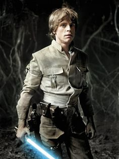 Luke Skywalker played by Mark Hamill. He wants to learn to be a jedi like his father but soon he will find out that his father is Darth Vader, and Darth Vader is not a jedi he is a Sith Lord Film Star Wars, Star Wars Luke, Star Wars Art, Star Trek, Luke Skywalker, Star Wars Brasil, Starwars, Le Retour Du Jedi, Mark Hamill