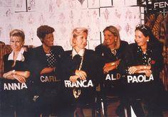 Addio a Carla Fendi pioniera della moda e grande donna di cultura. Muore a 80 anni la quarta delle mitiche sorelle Fendi. Nel link in bio c'è la sua storia avventurosa tra moda e arte #ELLEItalia #ELLEmoda #carlafendi #sorellefendi #fendisisters  via ELLE ITALIA MAGAZINE OFFICIAL INSTAGRAM - Fashion Campaigns  Haute Couture  Advertising  Editorial Photography  Magazine Cover Designs  Supermodels  Runway Models