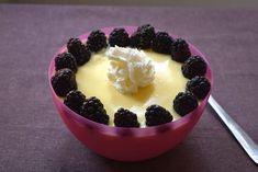 La ricetta della crema pasticcera allo yogurt Bimby senza panna è facile e versatile: puoi usare yogurt bianco naturale, yogurt alla vaniglia, yogurt alle fragole o yogurt al limone. Scopri come fare una crema densa con il Bimby!