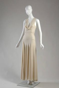 Dress    Madeleine Vionnet, 1932
