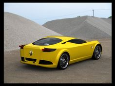 Renault Alpine aspettandola in casa