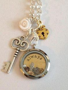 Silver & gold..Very pretty  http://tiffanympadgett.origamiowl.com/