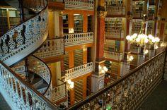 Biblioteca de la Universidad de Derecho en Munich, Alemania.