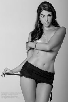 Oriana Vargas Para HOMER - Paisa - Bikinis, Swimwear, Crop Tops, Women, Fashion, Templates, Pictures, Bathing Suits, Moda