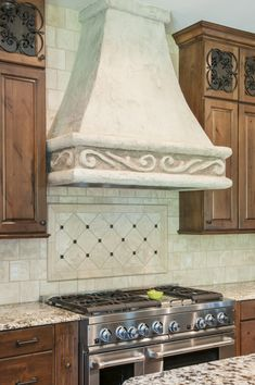 Artisan Arabesque Ceramic Tile Focal Point With Sandlewood