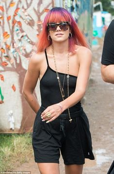 Lily Allen hits Glastonbury with husband Sam Cooper Actress Lily James, Game Of Throne Actors, Pictures Of Lily, Caroline Flack, Female Singers, Fashion Pictures, New Fashion, Beautiful People, Glastonbury 2014