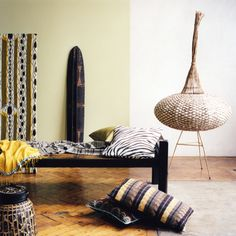 African interior style Speaking of exotic styles in a modern interior, then certainly the direction of African ethno-style take first pl. Ethnic Home Decor, African Home Decor, My Living Room, Living Room Decor, African Interior Design, African Design, Africa Decor, Ethno Design, African Theme