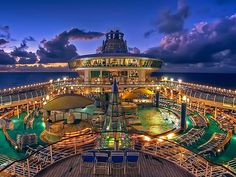 Voyager of the Seas | Nighttime is the right time as you enjoy parades, dancing, and duty-free shopping in the Royal Promenade or simply take in the enchanting views from the deck. Pic by Alex Blaine Layder