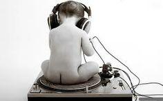 DANCE WAVE ΣΤΙΣ 18:00 ΣΤΟΝ ANYWAY RADIO ΓΙΑ ΠΑΜΕ ΝΑ ΚΑΝΟΥΜΕ ΛΙΓΟ ΧΑΜΟ ΣΤΟ ΡΑΔΙΟΦΩΝΟ ΠΟΥ ΣΕΡΦΑΡΕΙ ΑΠΟ ΤΑ 80s ΜΕΧΡΙ ΤΟ ΣΗΜΕΡΑ STAY TUNED www.anywayradio.com
