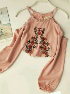 Off-the-Shoulder Embroidery Floral Ladies Blouse - Hübsche Klamotten - Fashion Outfits Girls Fashion Clothes, Teen Fashion Outfits, Mode Outfits, Girl Outfits, Fashion Dresses, Maxi Dresses, Crop Top Outfits, Cute Casual Outfits, Pretty Outfits