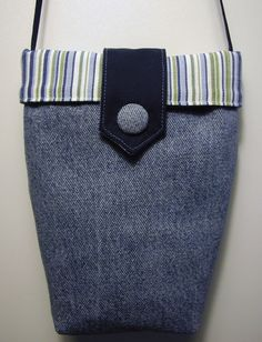 Ulla's Quilt World: Picture tutorial for bag using old jeans.....<3