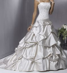 Silver wedding dress   Keywords: #silverweddings #jevelweddingplanning Follow Us: www.jevelweddingplanning.com  www.facebook.com/jevelweddingplanning/