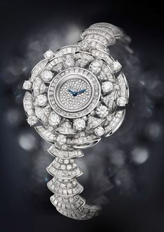 Bulgari watch from Diva collection, with 700 diamonds (22,62ct)