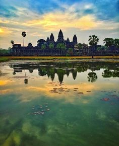 Sunrise at Angkor Wat Siem Reap - Cambodia. Beautiful shot by @sassychris1 follow her for more stunning travel posts!!! by bestplaces_togo