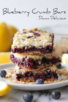 Blueberry crumb bars from Johnson Johnson Butts-Ah Rhee (Damn Delicious) Cookie Desserts, Just Desserts, Cookie Recipes, Delicious Desserts, Yummy Treats, Sweet Treats, Dessert Recipes, Yummy Food, Blueberry Crumb Bars