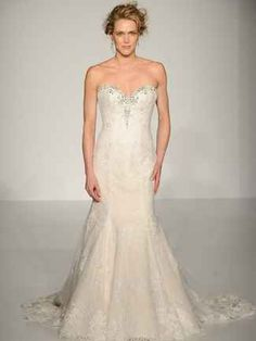 Maggie Sottero's Fall 2015 Wedding Dresses Have That Effortlessly Glam Look You Want (Video) | TheKnot.com