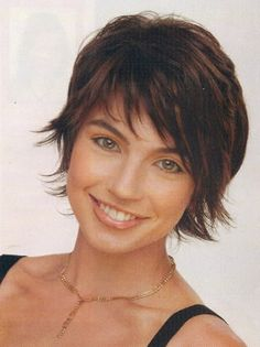 Short shag hairstyles is a good choice for you. Here you will find some super sexy Short shag hairstyles, Find the best one for you, Shaggy Haircuts, Cute Haircuts, Haircuts For Fine Hair, Cute Hairstyles For Short Hair, Curly Hair Styles, Layered Hairstyles, Amazing Hairstyles, Summer Hairstyles, Short Layered Haircuts