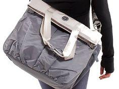 Everyone needs a (lululemon) gym bag