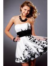 Romantisches CocktailKleid aus Organza mit Applikation