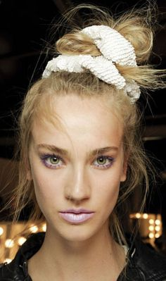 The Return Of The Scrunchie? Make Like Cressida Bonas And Go Back To The '90s | Grazia Beauty