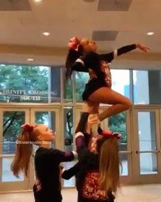 Easy Cheer Stunts, Easy Cheerleading Stunts, Cheer Tryouts, Cheerleading Cheers, Cheer Athletics, Cheer Coaches, School Cheerleading, Cheer Pyramids, Cheerleading Pyramids