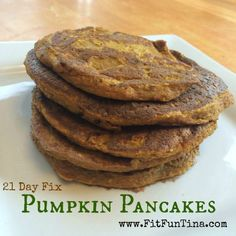 21 Day Fix friendly gluten free pumpkin pancakes. 1 green, 1 yellow, 1 red. These are absolutely delicious and filling!!! For more easy and clean recipes, head over to http://www.FitFunTina.com.