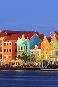 Adult Only vakanties zijn altijd fijn, hierdoor kan je optimaal genieten van de rust tijdens je vakantie. Stel je voor dat je deze relaxvakantie door mag brengen op het tropische Curaçao, dat zou helemaal geweldig zijn! #Curaçao #AdultOnly https://ticketspy.nl/?p=124447
