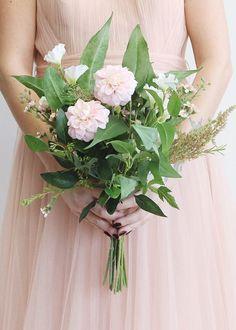 Blue white wildflower edelweiss artificial flower bouquet 19 base silk bouquets dahlia sweet pea silk flower bouquet in pink 18 mightylinksfo