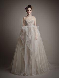 ウェディングドレス 2015 新作 ハートカット チュール ノースリーブ ボールガウン 二次会 ドレス 花嫁 Hes0001