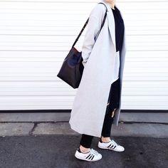 Kellye @fashionably.fit Black & White...Instagram photo   Websta (Webstagram)