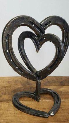 So cute! #HorseShoeCrafts #Horseshoearts&crafts