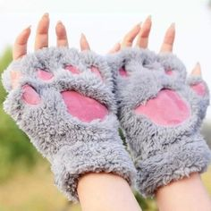 Gloves Women Kawaii Cat Barb Paw Thicker Costly Half-Finger Winter Warm Womenslove Admirable Acceptance Solid Animation Cute All-Match Womens Gloves Winter Harajuku Fashion, Kawaii Fashion, Cute Fashion, Fashion Women, Fashion Online, Mitten Gloves, Mittens, Claw Gloves, Mode Kawaii